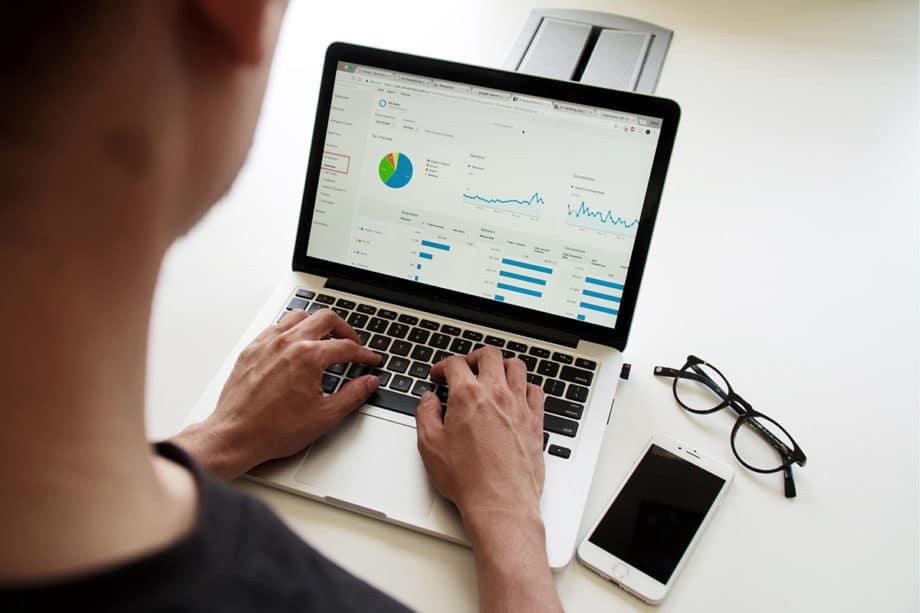 campaign-seo-google-analytics-stats-graph-chart-marketing-business