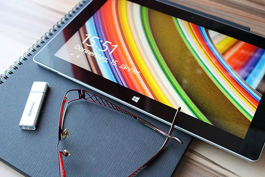 tablet-touch-screen-gadgets-devices