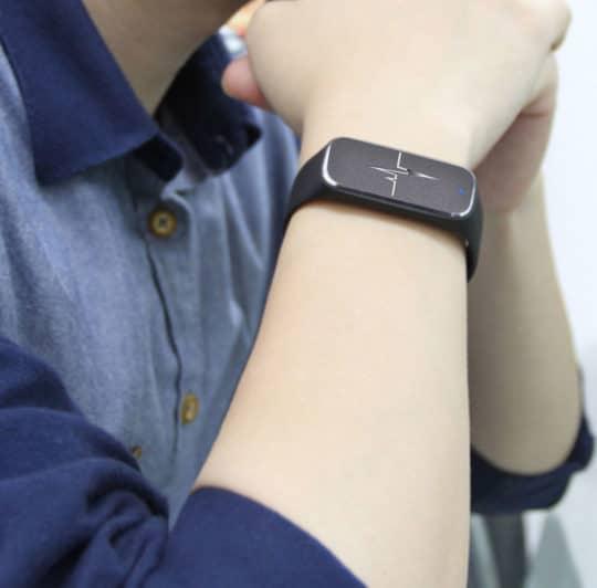 37-degree-l18-smart-bluetooth-wristband-fitness-watch-ai-16