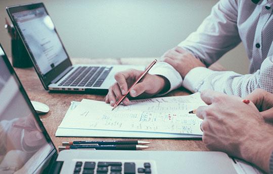 office-business-team-meeting-laptop