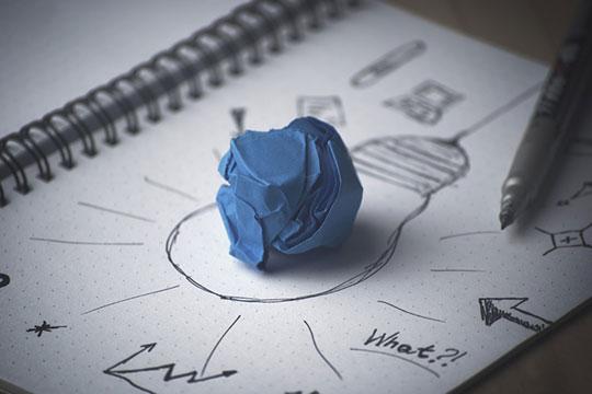 article-writing-paper-pen-idea-note