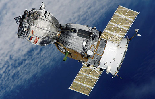 Satellite-Soyuz-Spaceship-Space-Station-Aviation-Technology