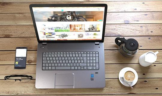 computer laptop gadgets table technology website desk