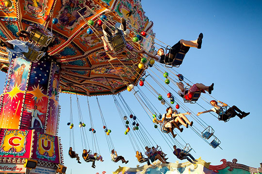 ride-carousel-fun-festival-friends-joy - Stunning Looking Websites