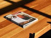table-brochures-tabletop-display-advertise-desk