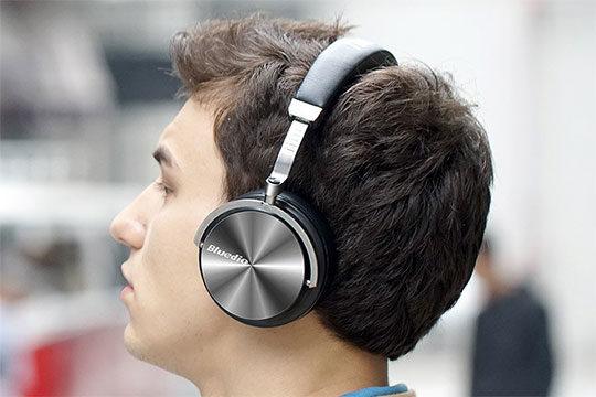 Bluedio T4 Portable Bluetooth Headphone