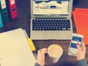 apps-business-commerce-data-desk-internet-office-social-media-technology