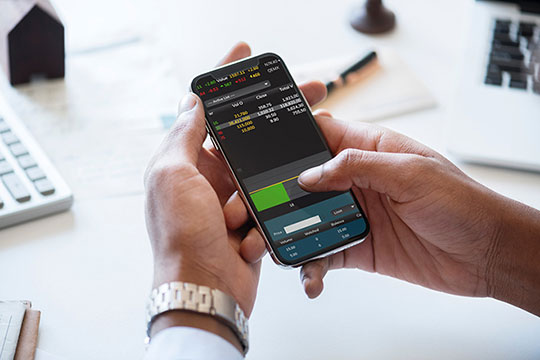 iPhone-investment-app-mobile