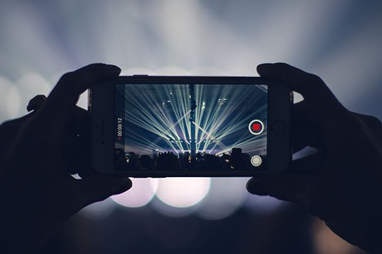 iPhone-Smartphone-Recording-Video-Mobile-Camera