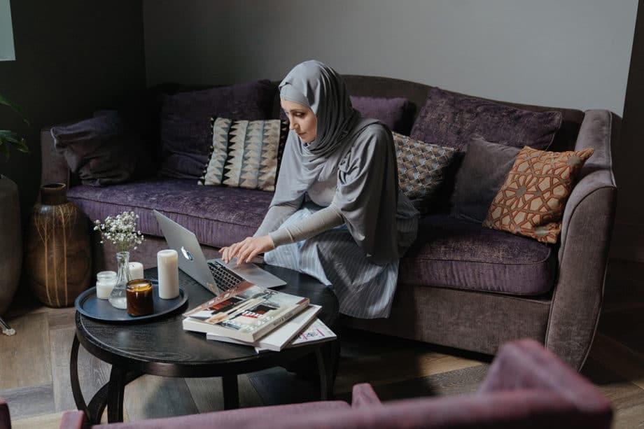 woman-work-home-remote-chat-meeting-webinar