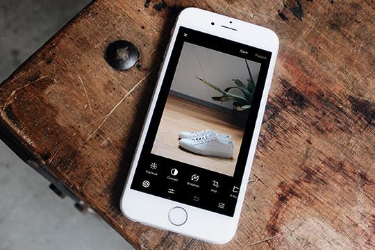 iPhone-Mobile-App-Smartphone-iOS-eCommerce-camera-Instagram-Content-Apps
