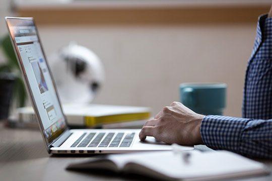 business-commerce-desk-internet-laptop-office-tech-work