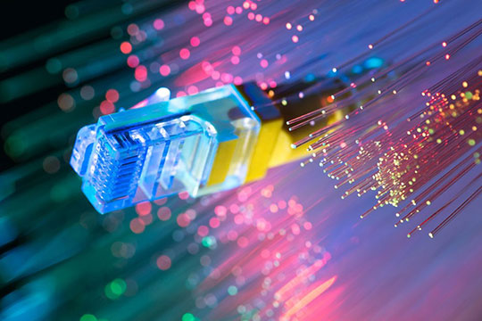 internet-lan-wan-broadband-fiber-optics-port