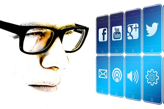 smartphone-app-internet-social-media-marketing-logo-analysis