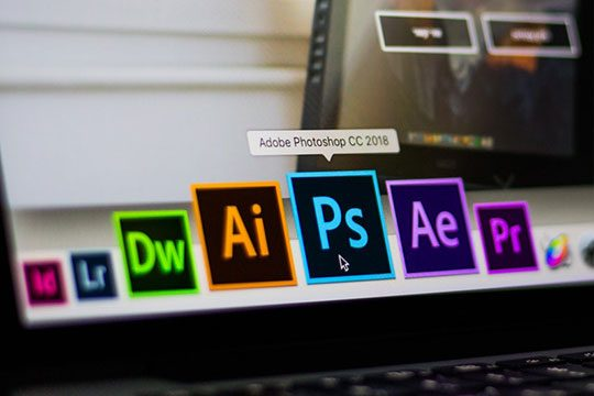 adobe-photoshop-editing-illustrator-aftereffect-dreamweaver-premier