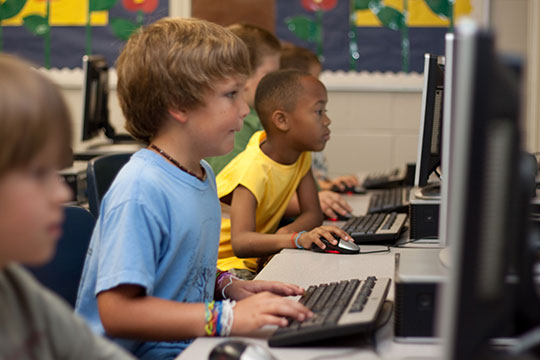 computer-internet-child-education