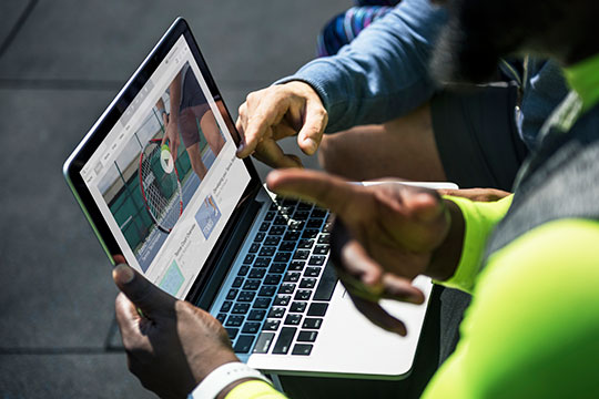 laptop-website-design-development-work-team-plan