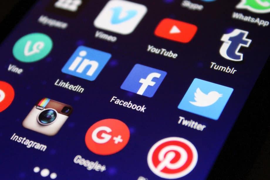 social-media-network-marketing-facebook-instagram-twitter-youtube-linkedin