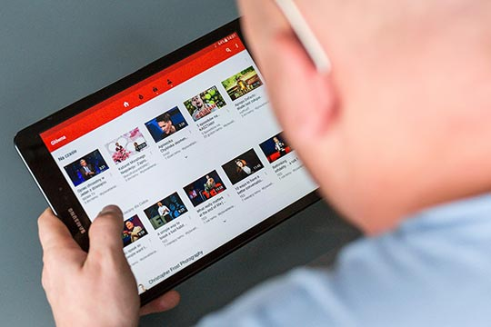 YouTube Tips Tricks Hacks - tablet-android-touchscreen-technology-mobile-video-media