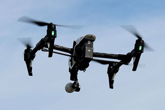 drone-quadcopter-photography-videography