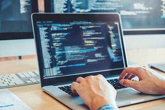 laptop-work-desk-office-programming-code-developer-blogging-blogger-skills