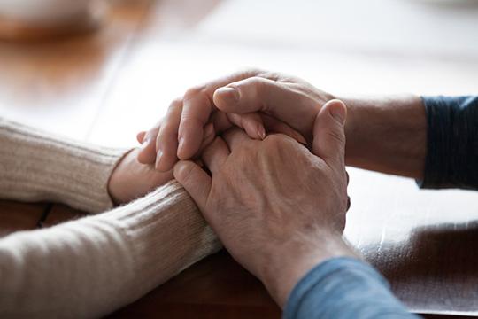 empathy-help-support-team-health-crisis
