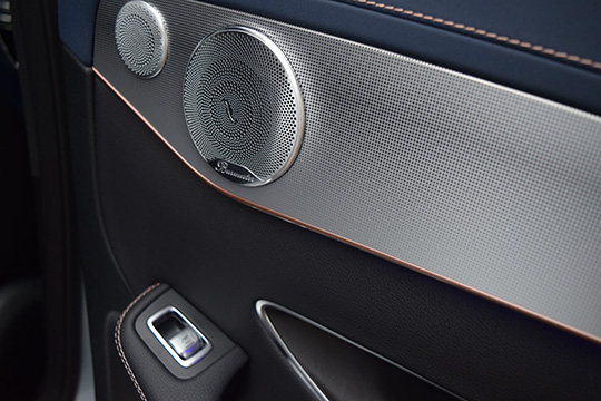 audio-speaker-car-sound-stereo-music-bass-mercedes