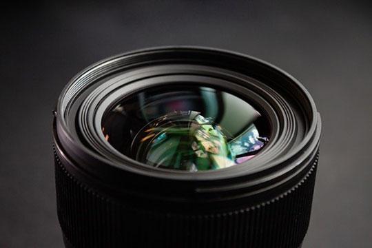 digital-camera-technology-dslr-lens
