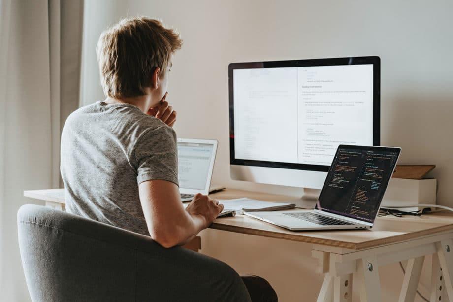 coding-desk-developer-office-work-programmer-learn