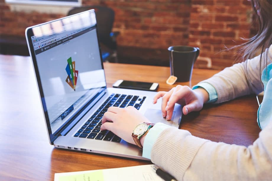 digital-marketing-website-design-development-tools-work-laptop-desk