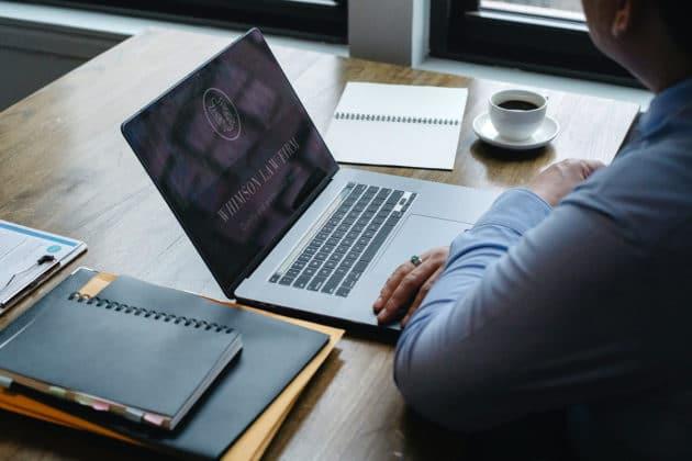 business-company-employee-laptop-marketing-office-work-desk