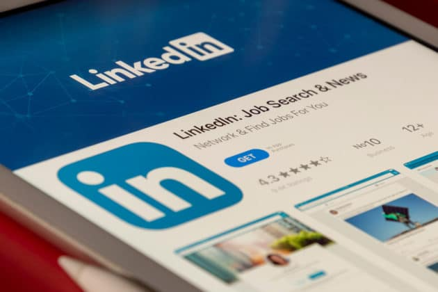 Linkedin-Social-Media-Advertisement-Marketing-Brand