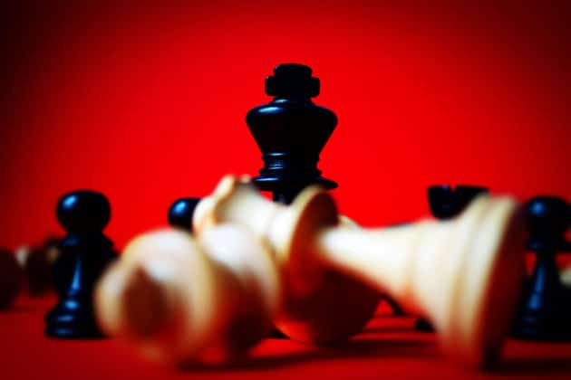 chess-win-king-competition-board-game-business-marketing