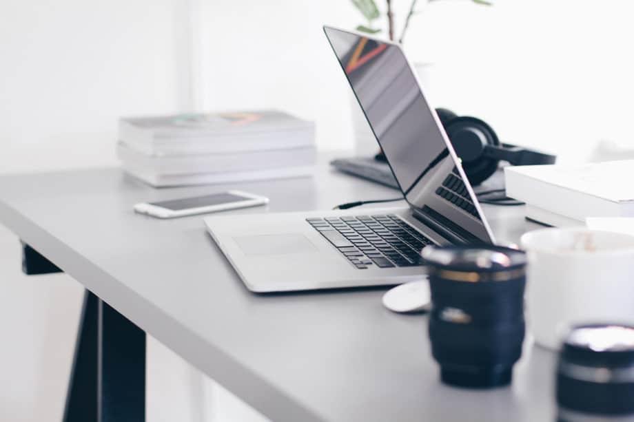 laptop-technology-desk-work-office