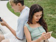 mobile-smartphone-addiction-games-internet